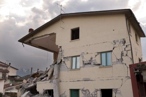 Earthquake & Volcanic Eruption Emergency